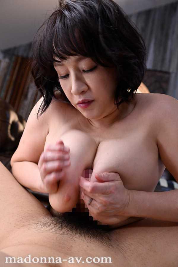 デカパイ熟女 弘千花碧 エロ画像 9
