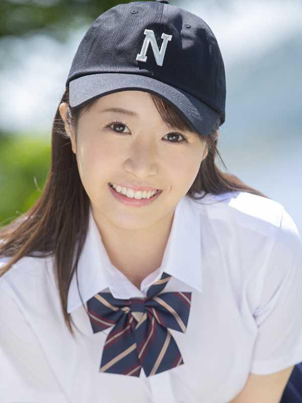 かわいい女子マネージャー 深月めい エロ画像 1