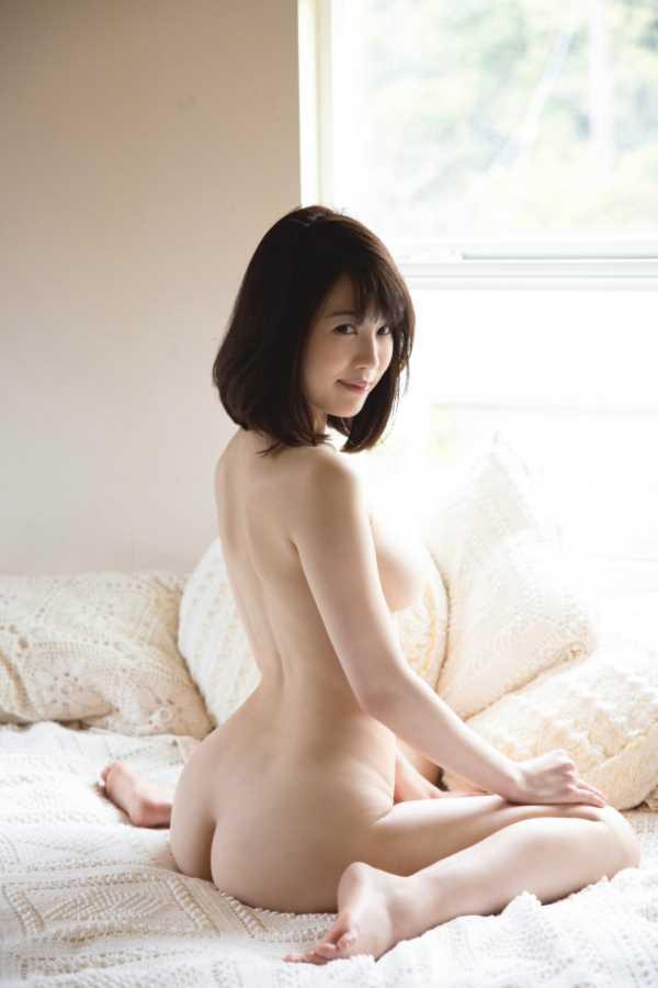 美巨乳グラドル 天宮花南 エロ画像 9