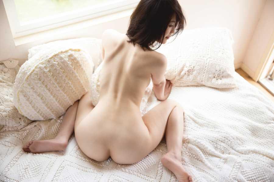 美巨乳グラドル 天宮花南 エロ画像 10