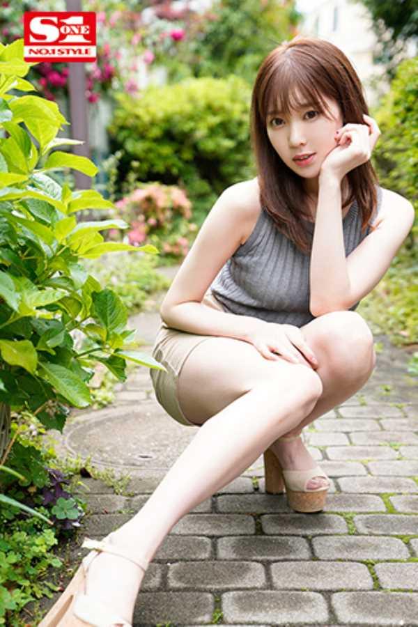 美脚美乳の楓ふうあエロ画像 2