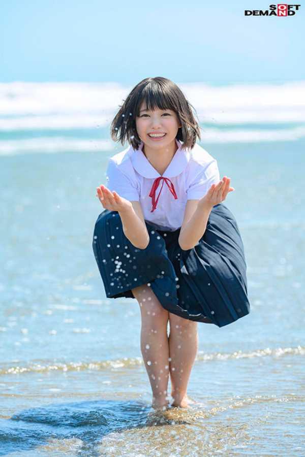 18歳 桃乃りん エロ画像 1