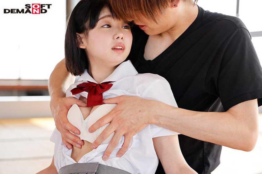 18歳 桃乃りん エロ画像 14