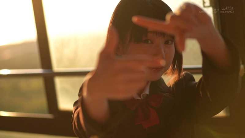 18歳 桃乃りん エロ画像 31