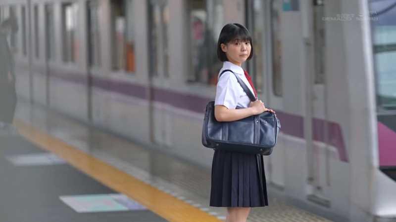 18歳 桃乃りん エロ画像 39