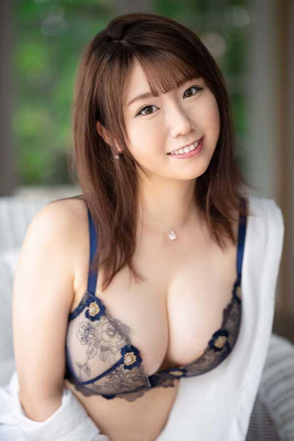 綺麗で可愛い美人妻 安みなみ エロ画像 7
