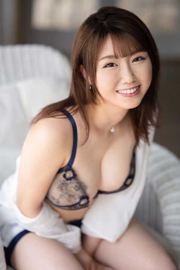 綺麗で可愛い美人妻 安みなみ エロ画像 8