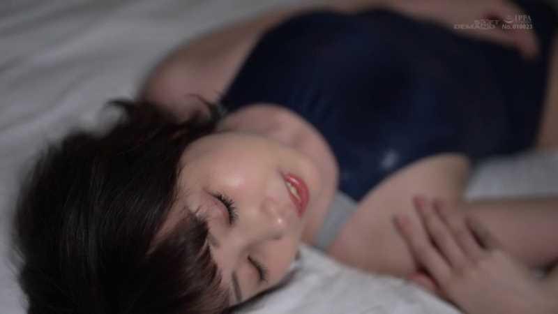 肉食系美女 香椎佳穂 エロ画像 17