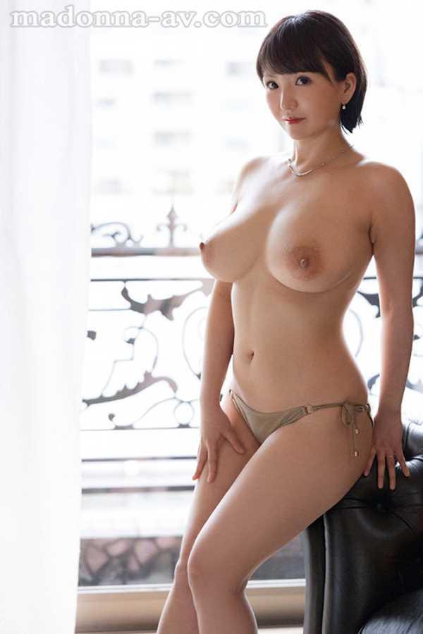 美爆乳の人妻 小笠原るい エロ画像 4
