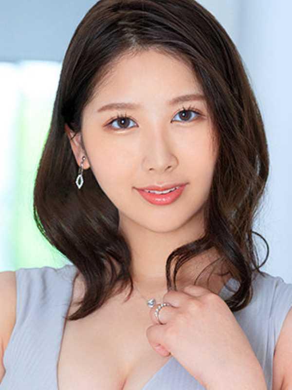 博多美人妻 青田悠華 エロ画像 1
