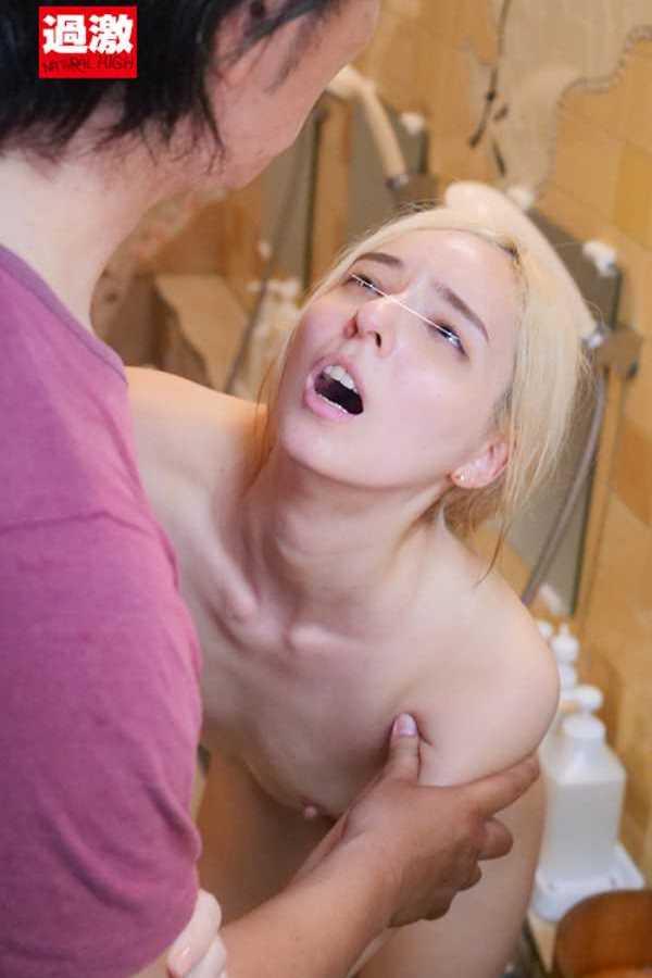 スポーツ女子の二穴セックス画像 19