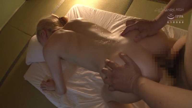 スポーツ女子の二穴セックス画像 68