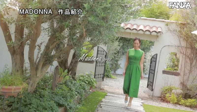 高身長熟女 青山れな エロ画像 14