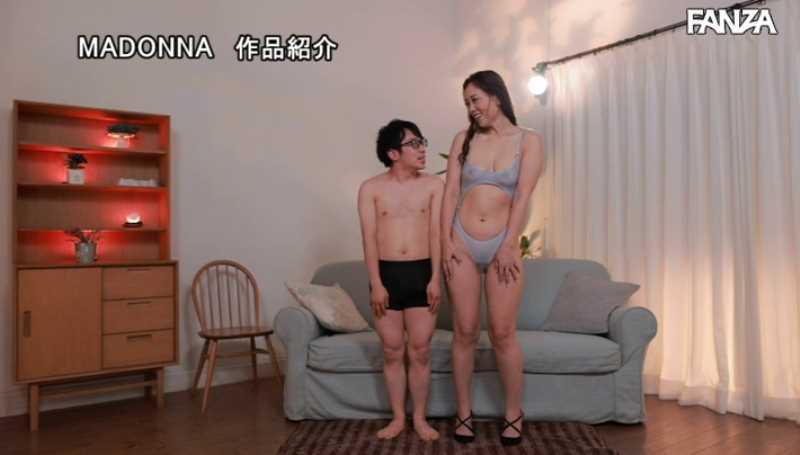高身長熟女 青山れな エロ画像 37