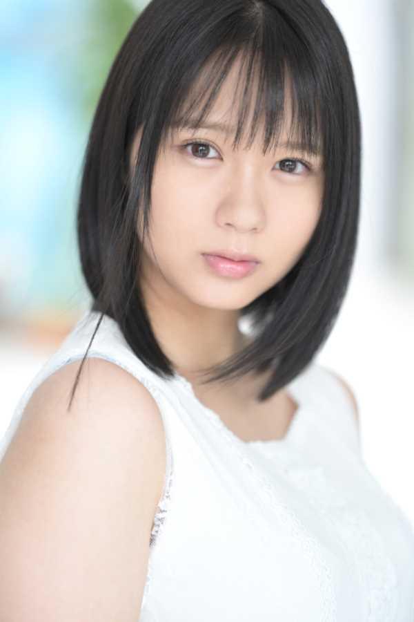 小倉七海の顔射エロ画像 3