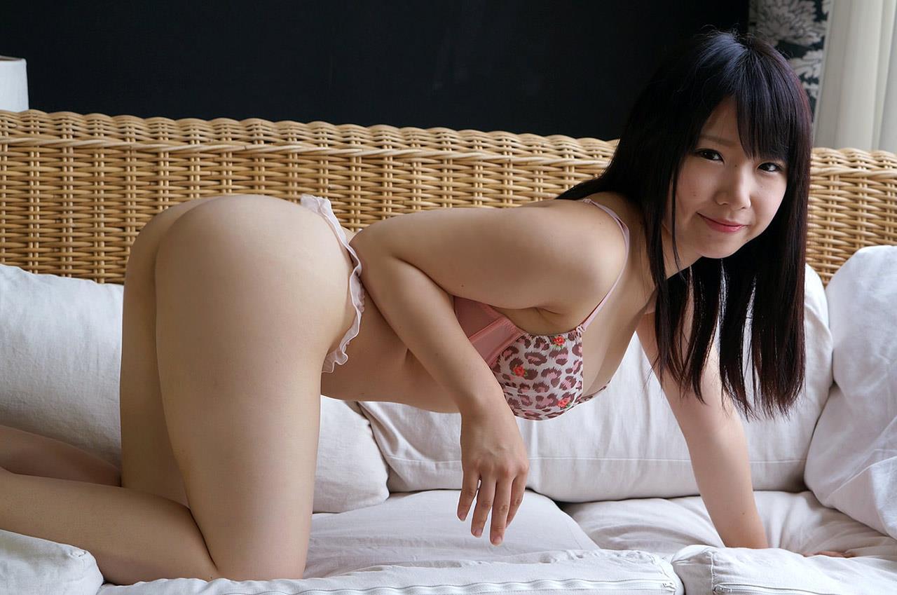 愛須心亜 競泳水着画像 22