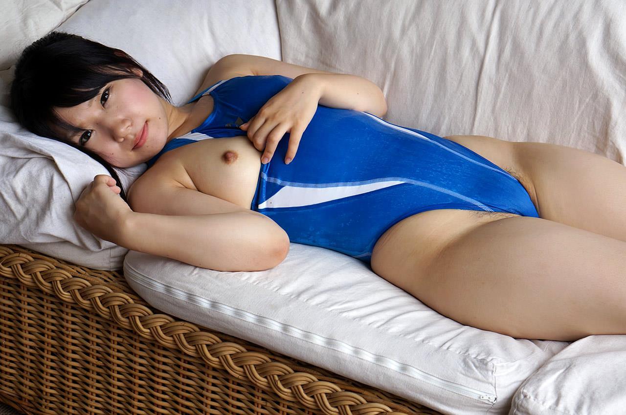 愛須心亜 競泳水着画像 103
