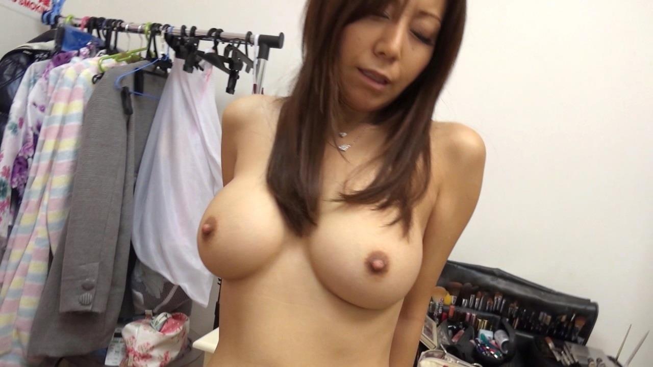 秋野千尋 エロ画像 25