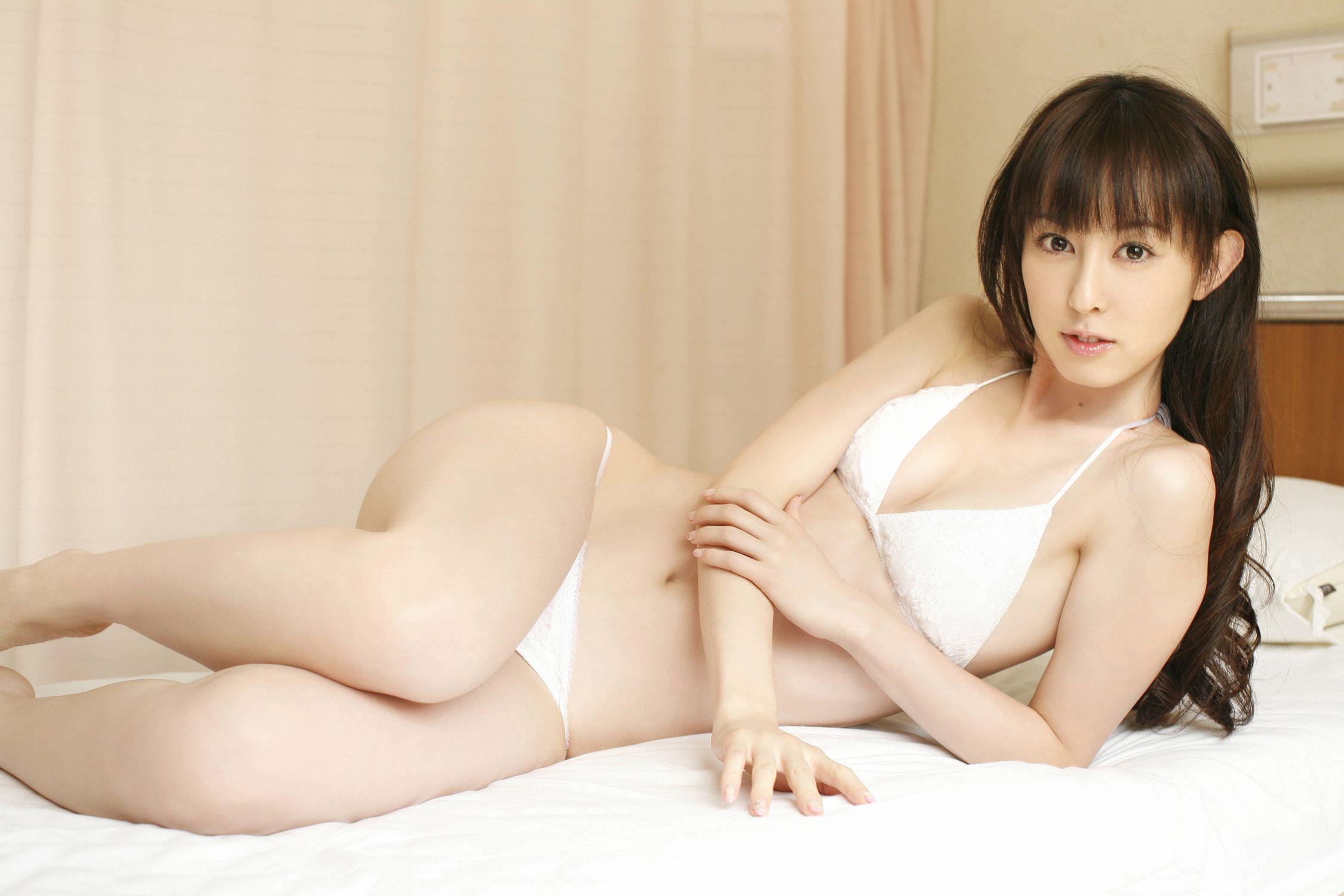 秋山莉奈 エロ画像 31