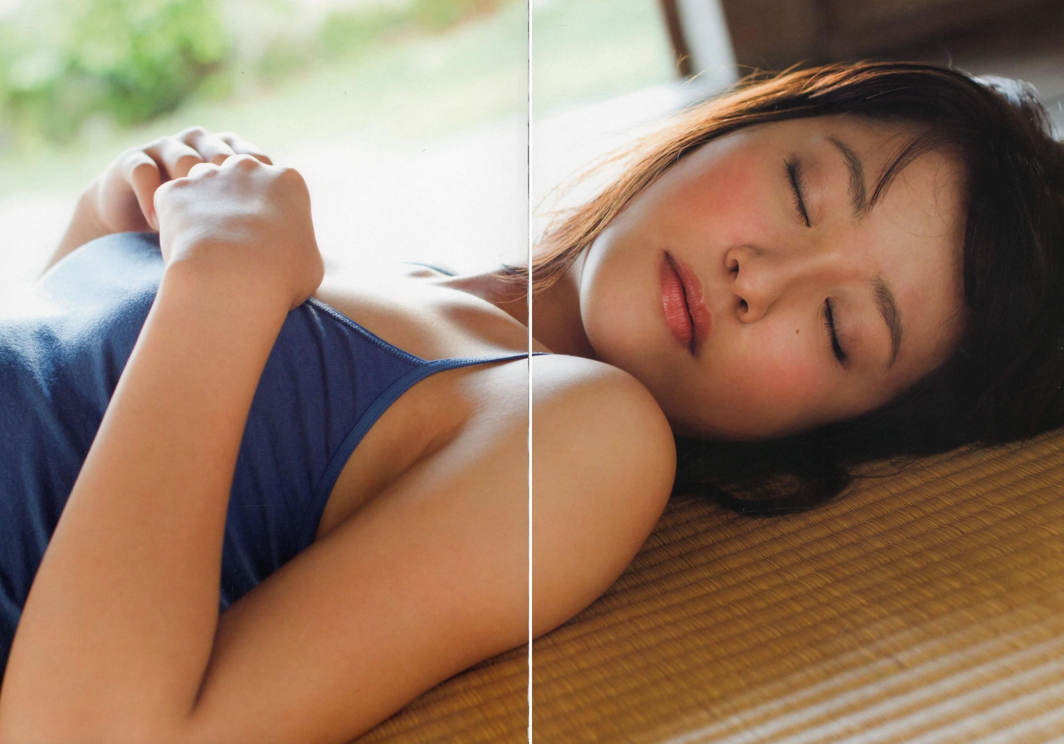 衛藤美彩 エロ画像 86