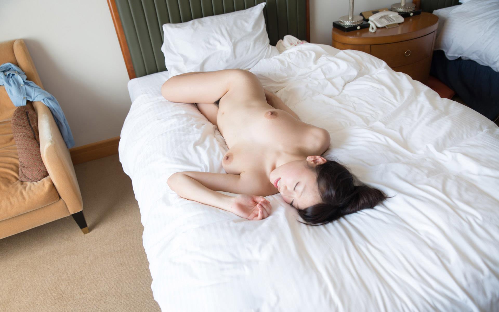 浜崎真緒 パイズリ画像 87