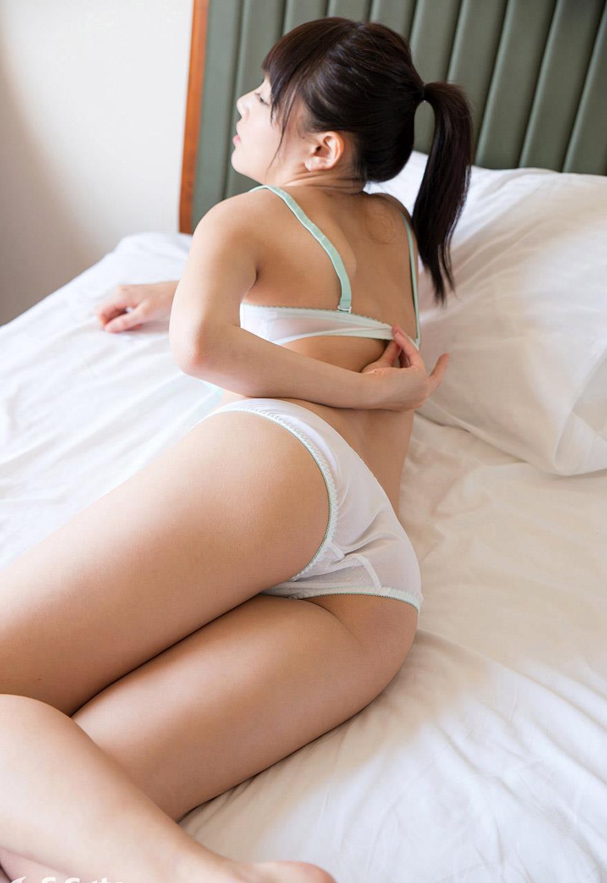 浜崎真緒 セックス画像 17