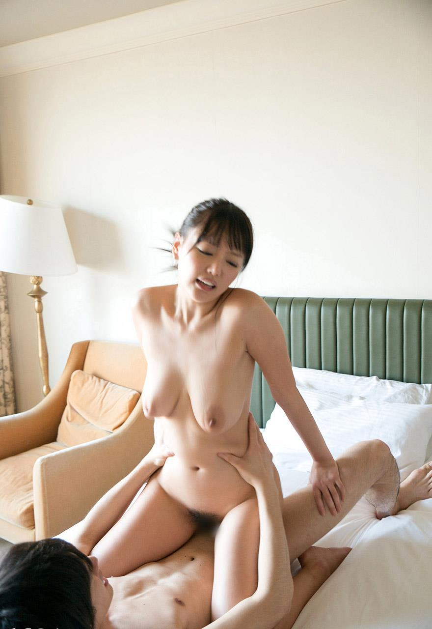 浜崎真緒 セックス画像 65