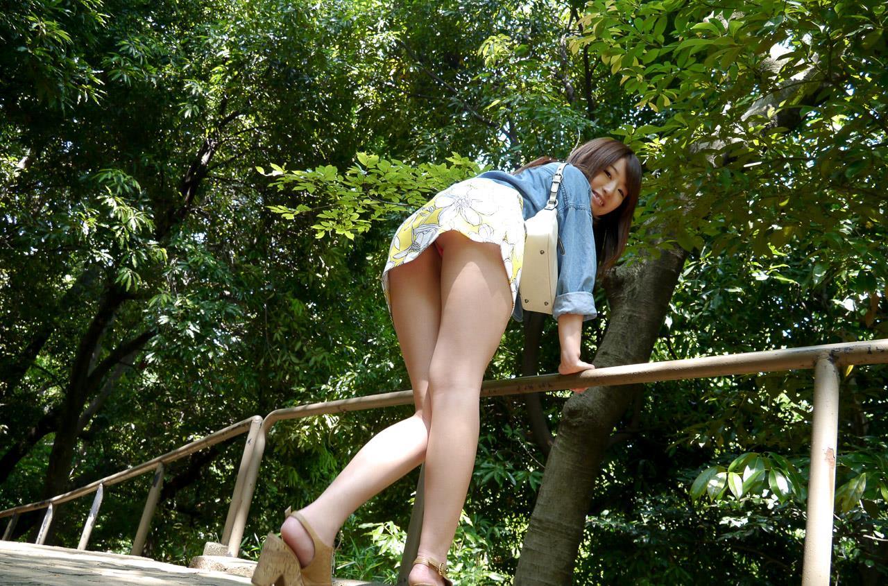 初美沙希 エロ画像 12