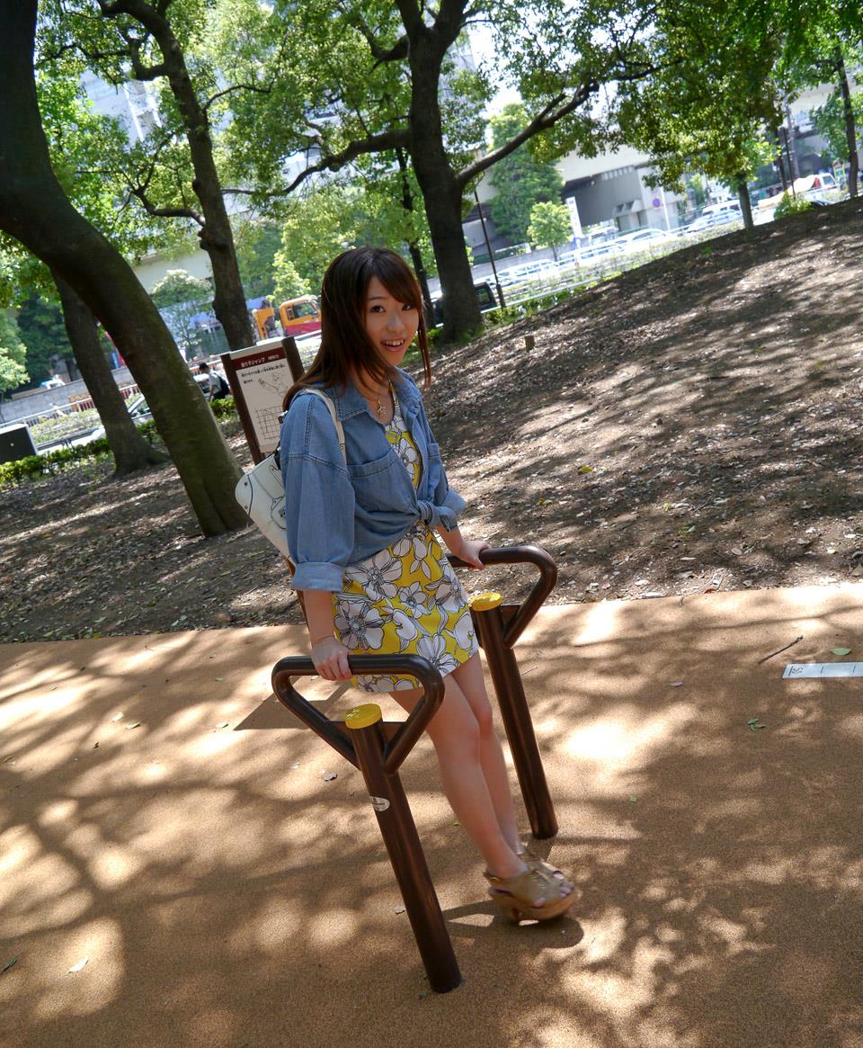 初美沙希 エロ画像 17