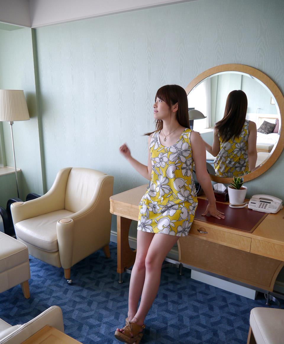 初美沙希 エロ画像 30