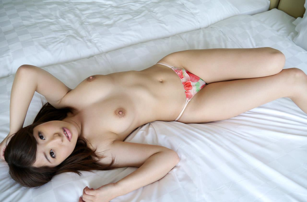 初美沙希 エロ画像 49