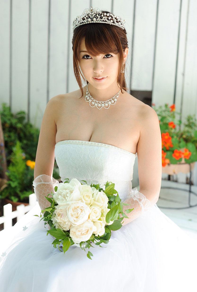 波多野結衣 ウェディングドレスで濃厚なセックス画像85枚