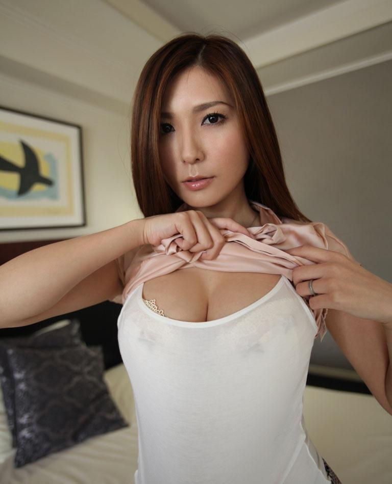 椎名ゆな セックス画像 9