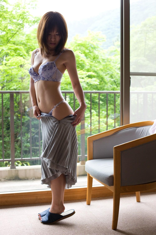 かすみ果穂 エロ画像 9