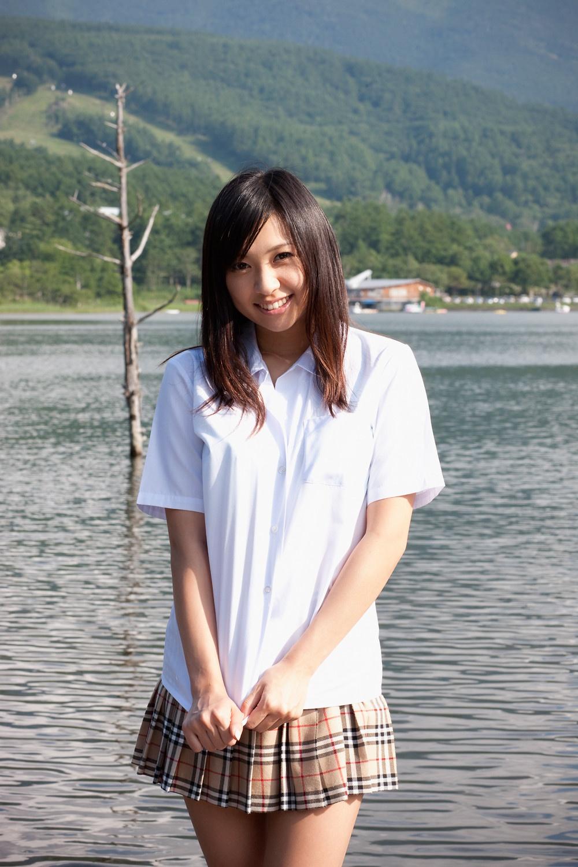 小倉奈々 野外露出画像 16