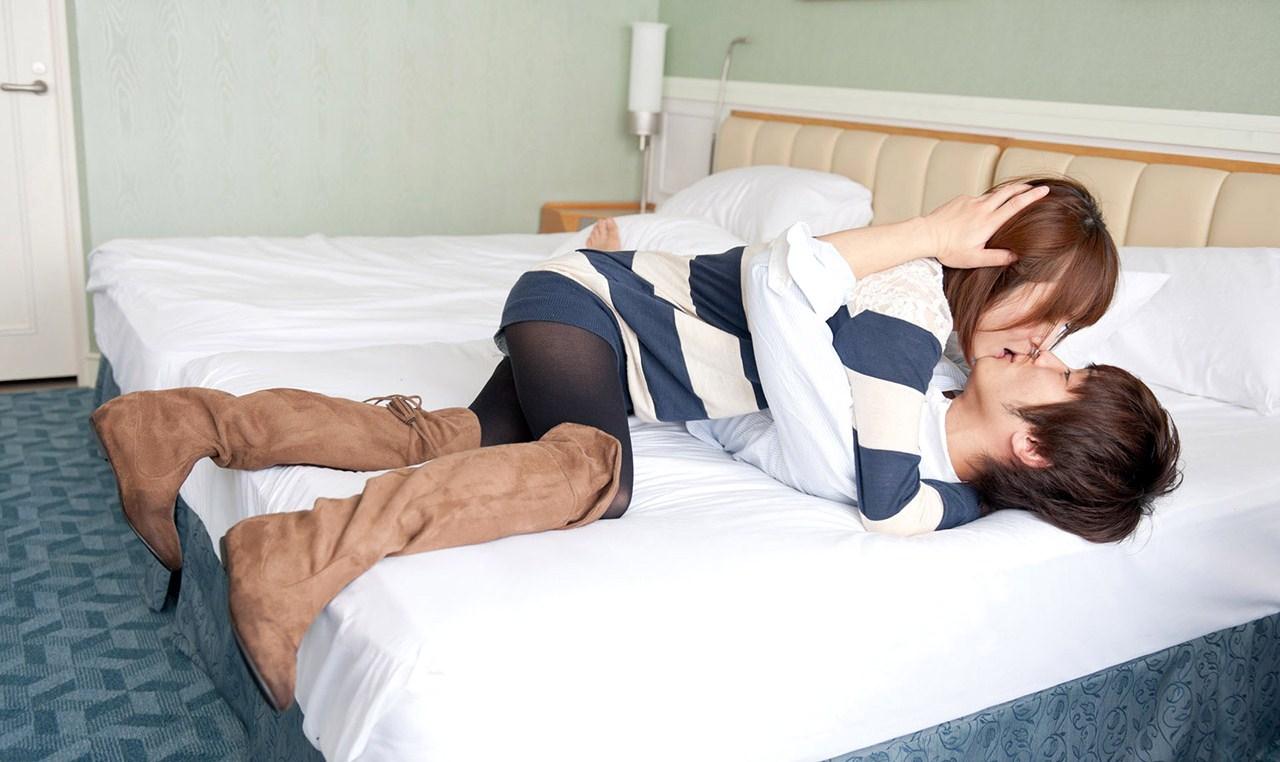 椎名ひかる セックス画像 16