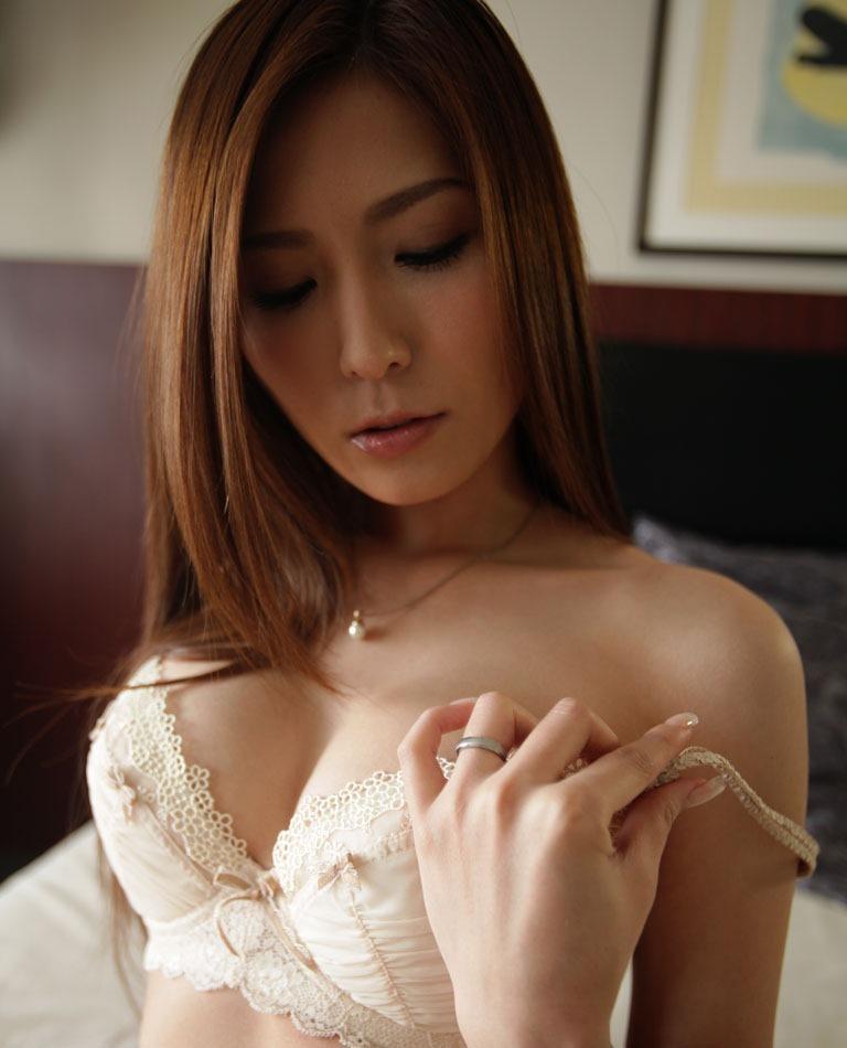 椎名ゆな セックス画像 17