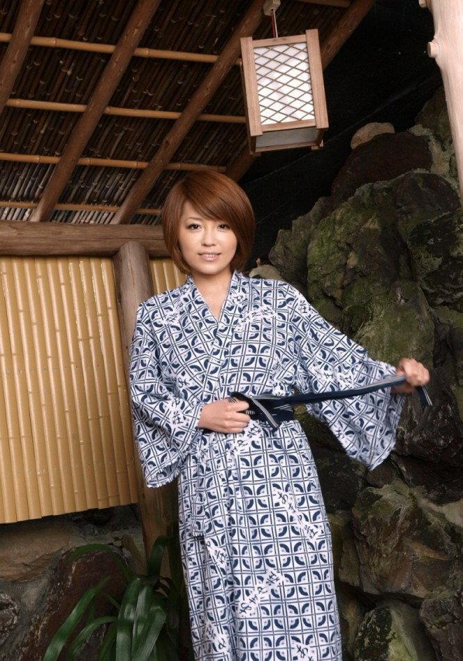 青木莉子(桜まい、片岡さき) エロ画像 24