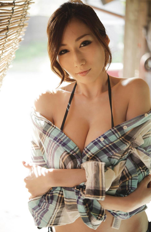 AV女優 JULIA(ジュリア) 画像 35