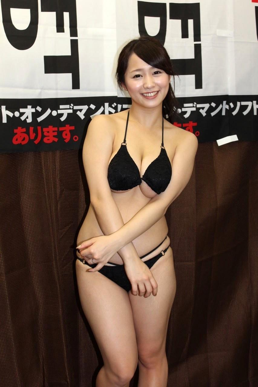 白石茉莉奈 エロ画像 No.101