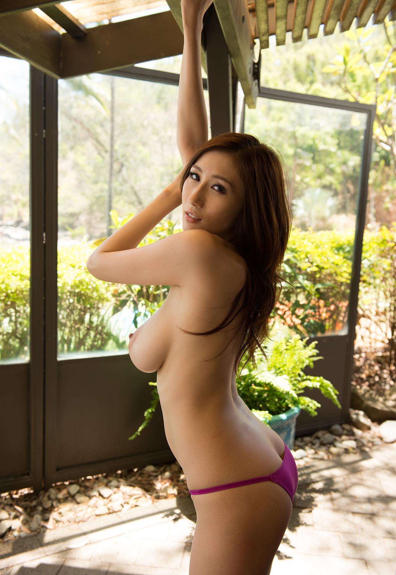 AV女優・JULIA(ジュリア) エロ画像 17