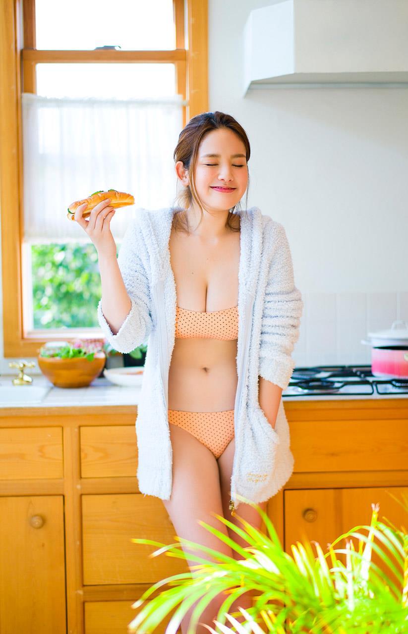 筧美和子 エロ画像 49
