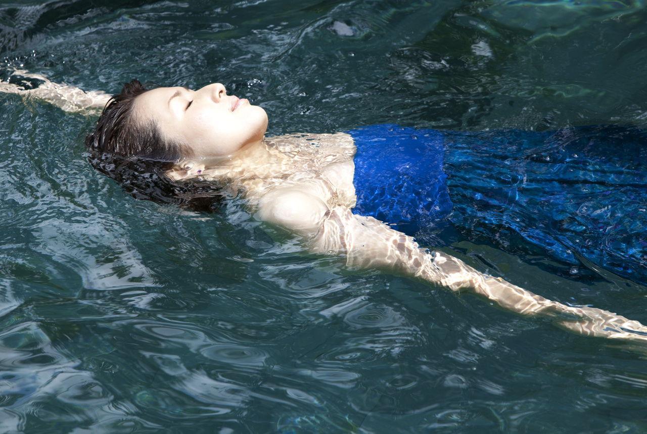吉瀬美智子の背泳ぎ
