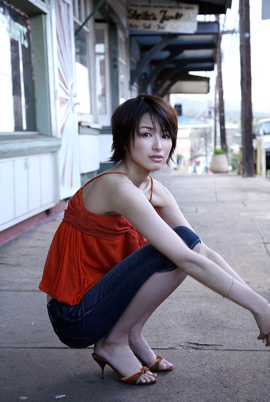 吉瀬美智子の赤い衣装