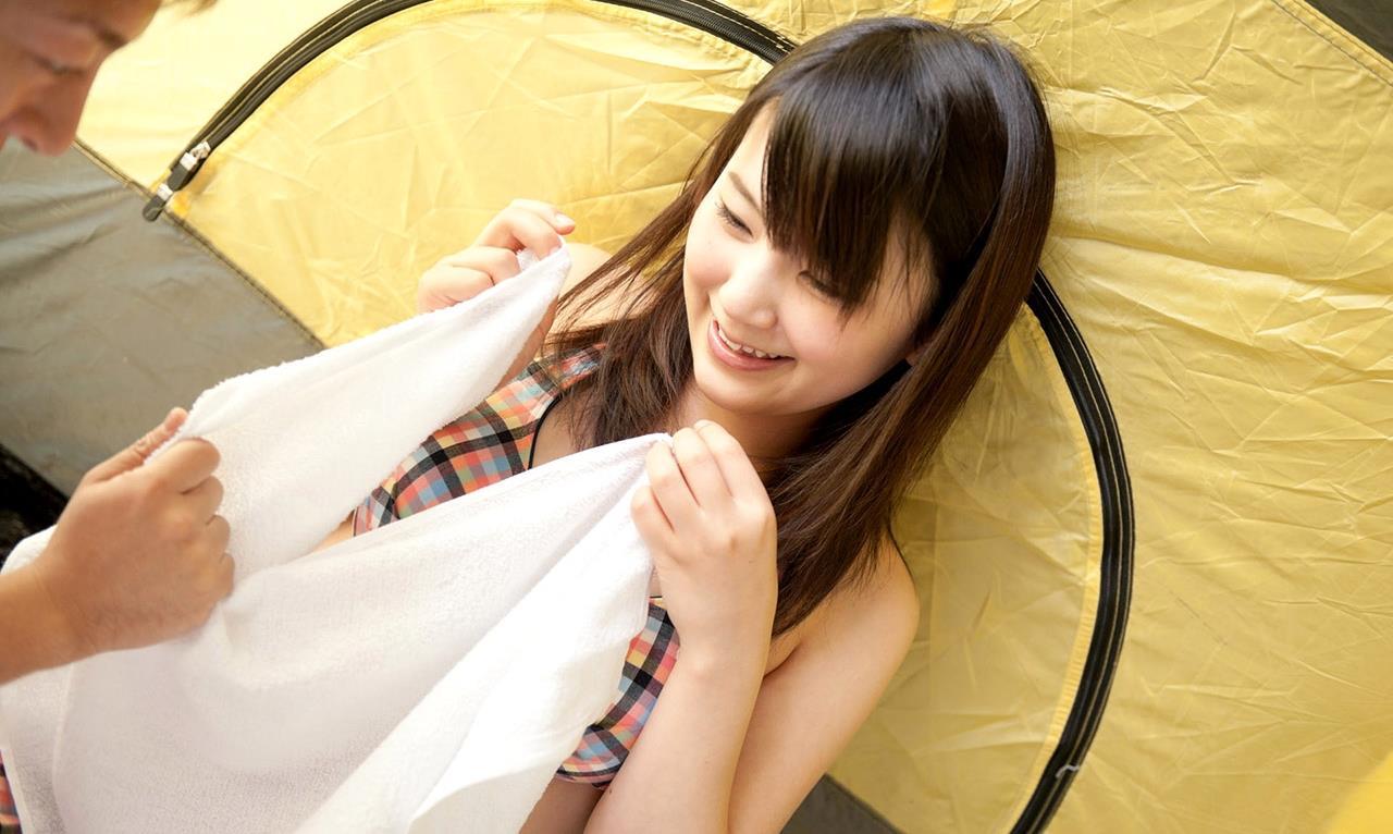 木村つな 青姦キャンプデート画像 28