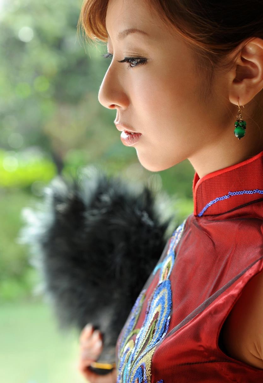 北川エリカ チャイナドレス画像 5