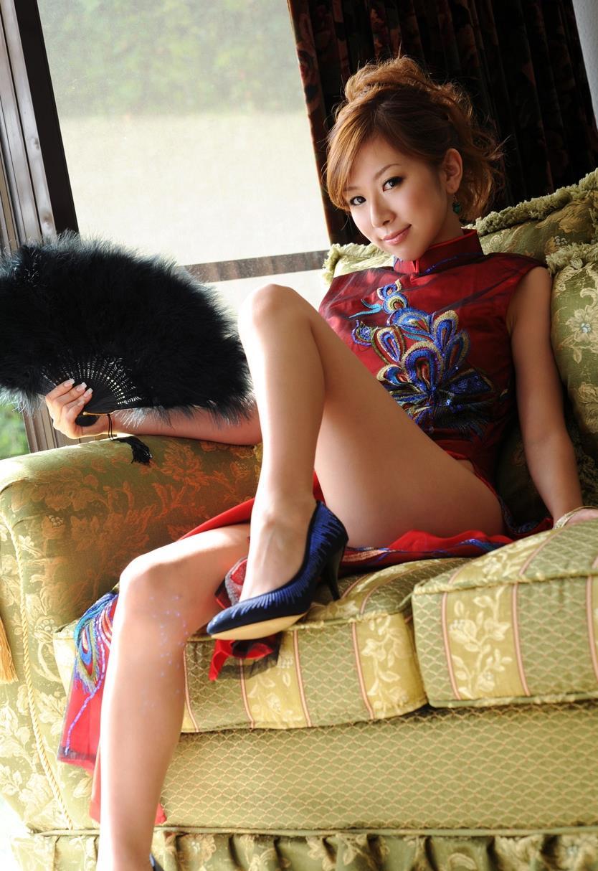 北川エリカ チャイナドレス画像 9