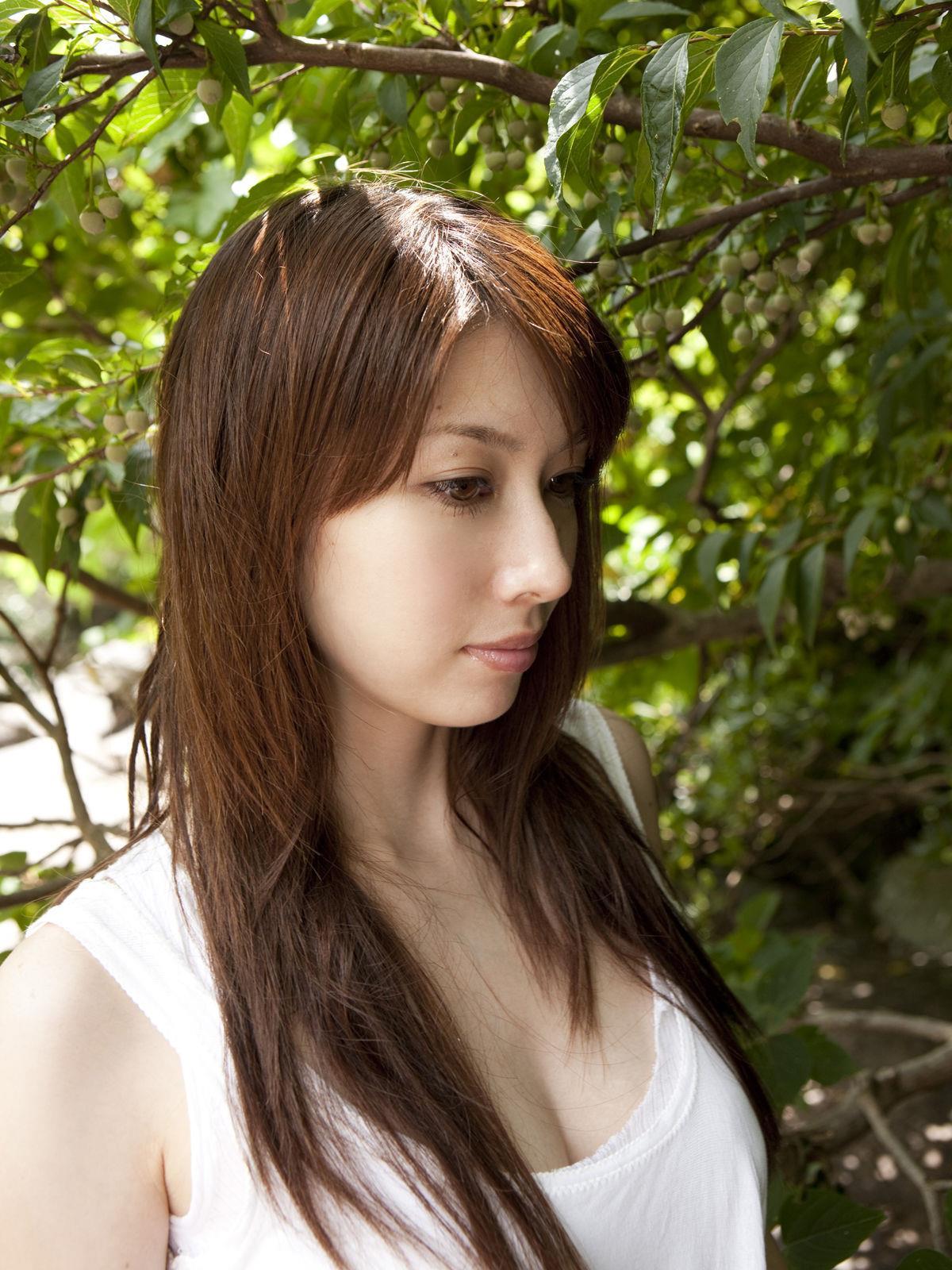 小林恵美 セミヌード画像 53