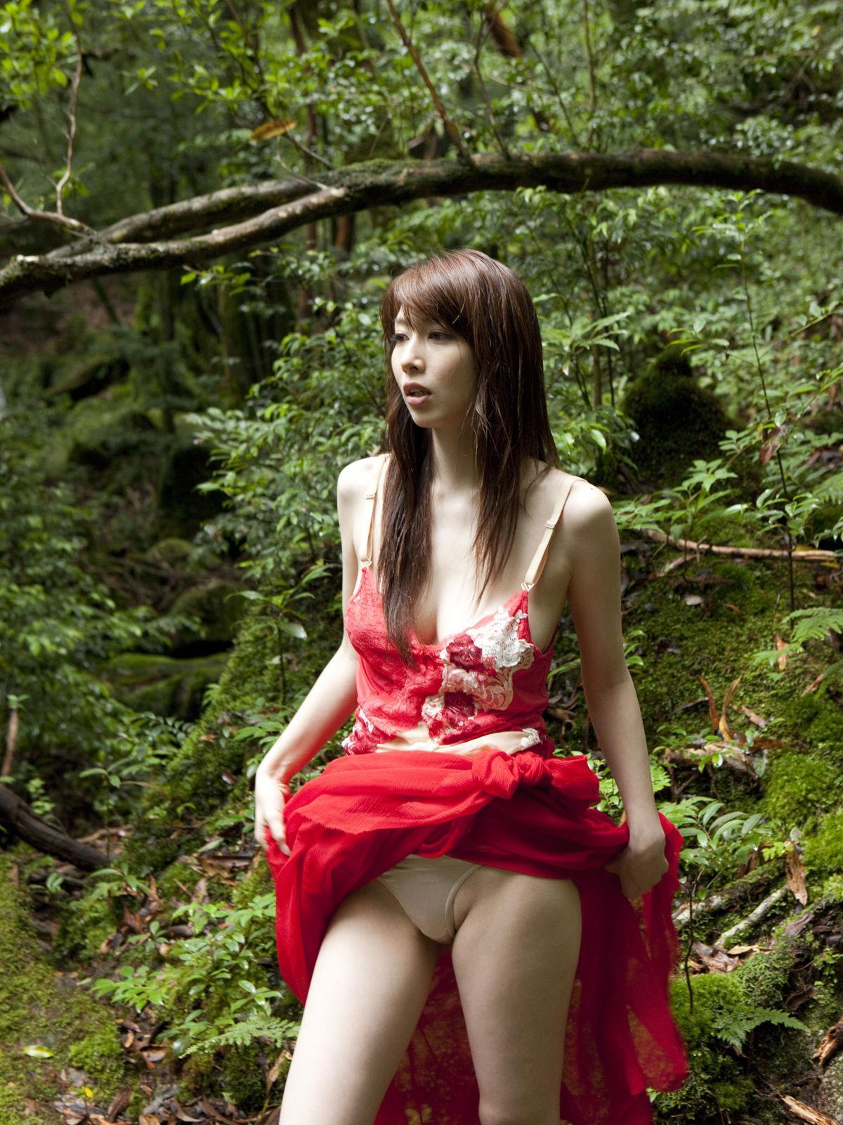 小林恵美 エロ画像 35