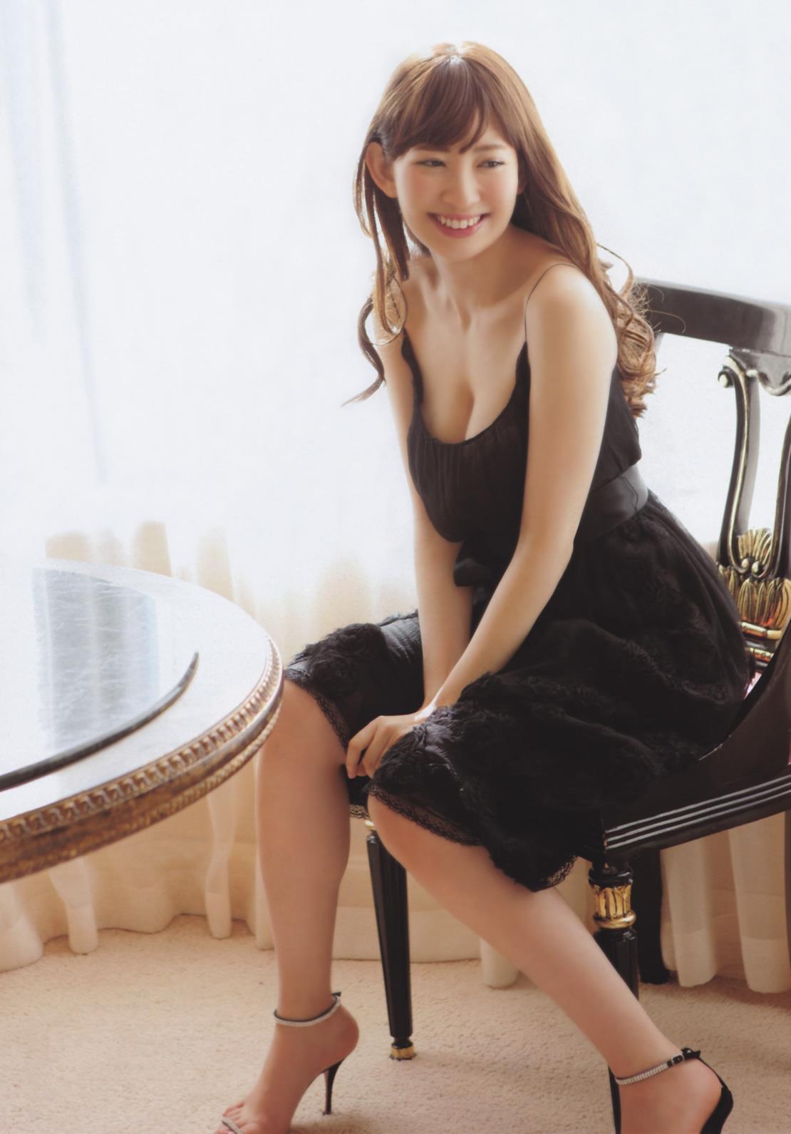 小嶋陽菜 水着画像 28